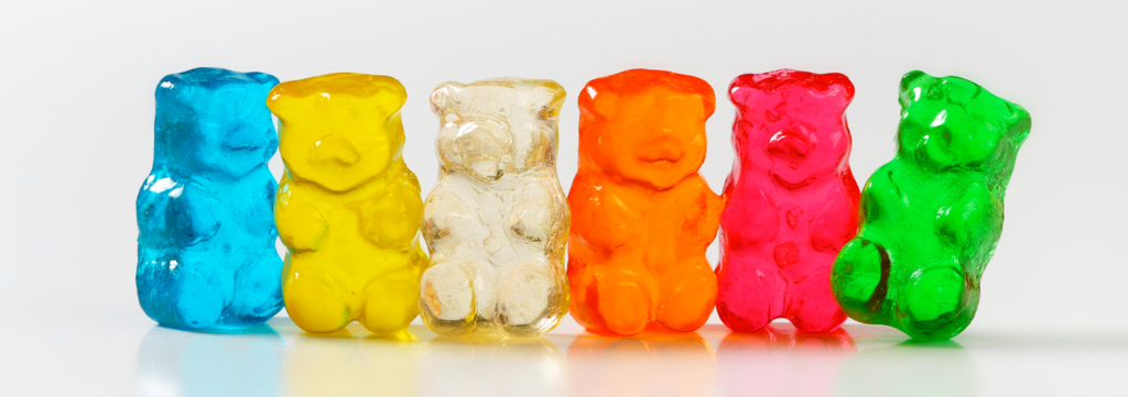 """Volunteer Appreciation Puns from Membership Toolkit. Picture of gummy bears for pun, """"Thank You BEARY Much!"""""""